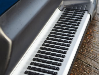 Sherwood Style Aluminium Side Step - Ford Ranger 2011>