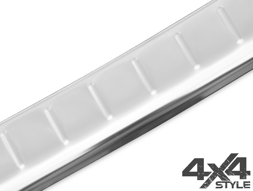 Polished Stainless Steel Bumper Protector - Nissan Qashqai 14-17