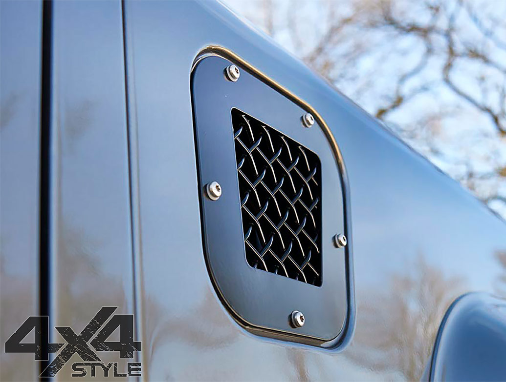 Zunsport Black Nylon Coated Fender Grille Set - LR Defender