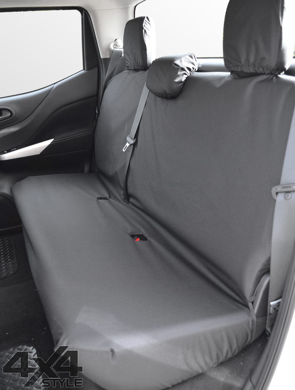 Tailored Fit Rear Bench Black Seat Covers - Nissan Navara 2016>