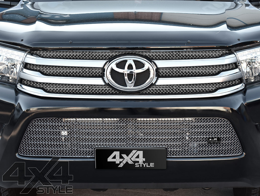 Zunsport Polished Chrome Lower Mesh Grille - Toyota Hilux 15>
