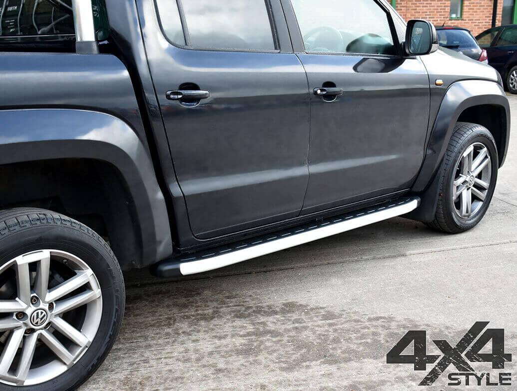 Clumber Style Aluminium Side Step - VW Amarok 2010>