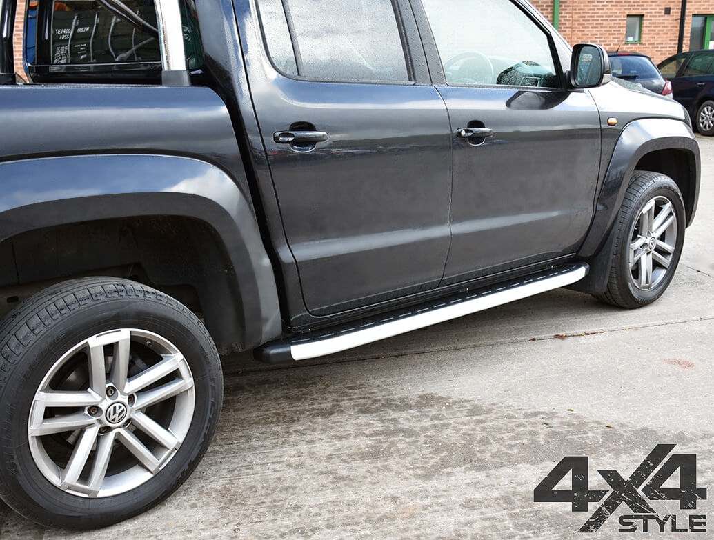 Clumber Style Aluminium Side Steps - VW Amarok 2010>
